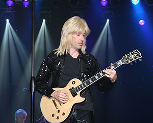 Paul Nelson as Mick Ronson